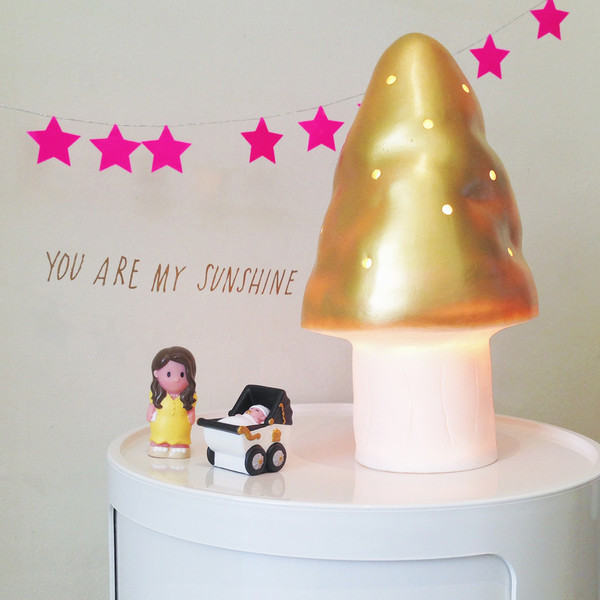 Heico gold toadstool lamp switched on, heico gold toadstool lamp, egmont gold toadstool lamp