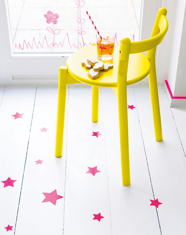 How to create a star scattered floor, star floor, pink stars on white wooden floor